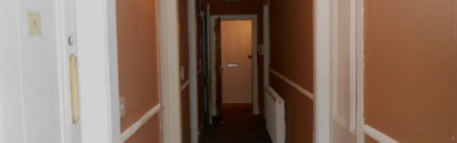 4 Bedrooms Bedrooms,2 BathroomsBathrooms,Flat,1018
