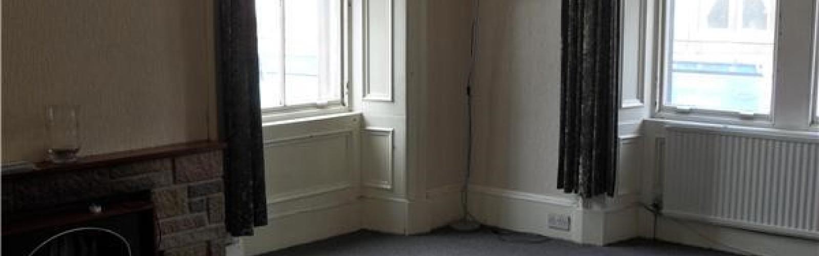 Easter Road,Edinburgh,3 Bedrooms Bedrooms,1 BathroomBathrooms,Flat,Easter Road,2,1002